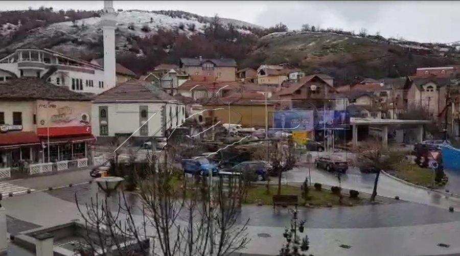 Σερβικά Τεθωρακισμένα στα σύνορα με το Κόσοβο. - Εικόνα1
