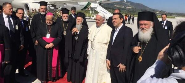Σφοδρή επίθεση από Ρωσία προς ΣΥΡΙΖΑ: Η αριστερή ελληνική πολιτική ελίτ αντιμάχεται με μένος την ορθοδοξία και τις παραδόσεις – Τι λένε για γκέι και Τουρκία - Εικόνα1
