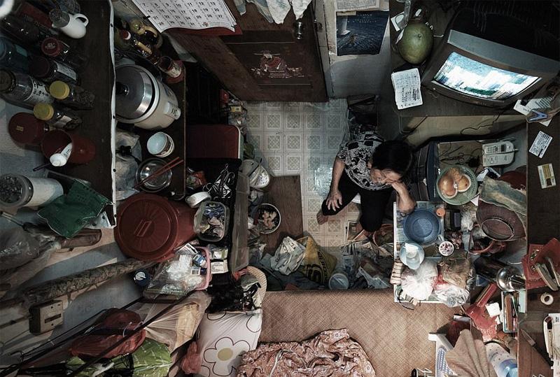 Συγκλονιστικές φωτογραφίες από τα «σπίτια-φέρετρα» στο Χονγκ Κονγκ - Εικόνα 7