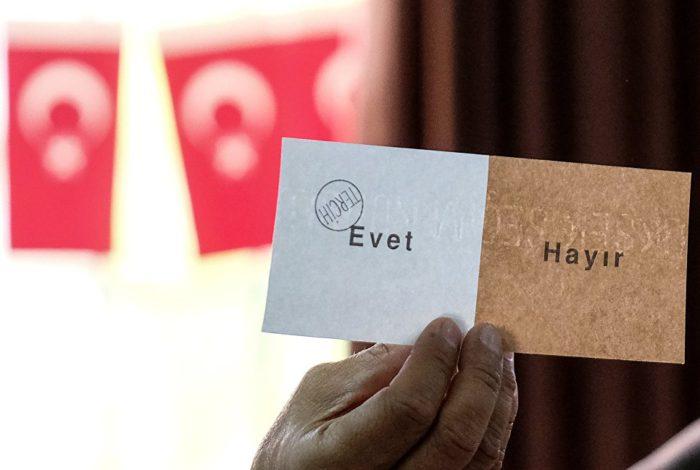 Σύμβουλος Β.Πούτιν: «Το αποτέλεσμα του δημοψηφίσματος στην Τουρκία αλλάζει δραματικά τις σχέσεις  με τη Ρωσία – Θα ξεσπάσει σε ανύποπτη στιγμή τεράστια γεωστρατηγική κρίση με ανεξέλεγκτες συνέπειες» - Εικόνα1