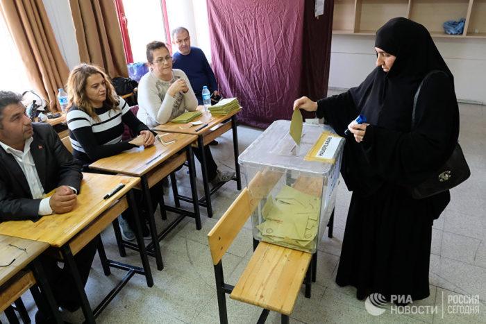 Σύμβουλος Β.Πούτιν: «Το αποτέλεσμα του δημοψηφίσματος στην Τουρκία αλλάζει δραματικά τις σχέσεις  με τη Ρωσία – Θα ξεσπάσει σε ανύποπτη στιγμή τεράστια γεωστρατηγική κρίση με ανεξέλεγκτες συνέπειες» - Εικόνα2