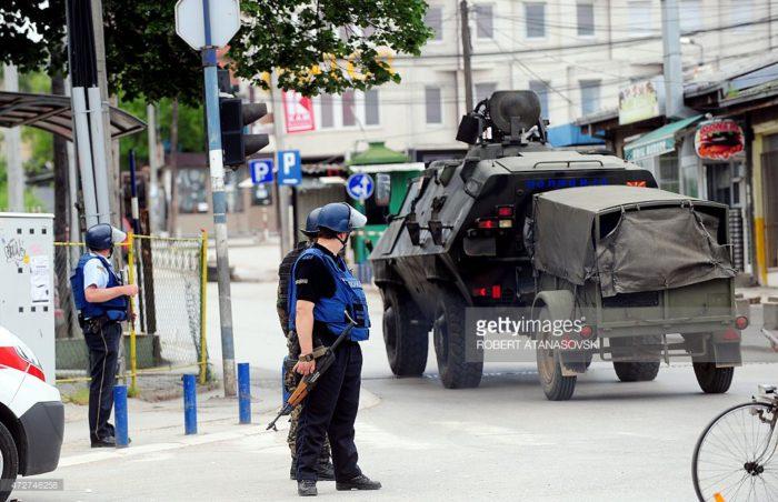 «Συρία 2″ σε λίγες ώρες τα Σκόπια -Τέθηκε σε εφαρμογή σχέδιο «περικύκλωσης» των Αλβανών- Τεθωρακισμένα τροχοφόρα των Σκοπιανών καταλαμβάνουν το Τέτοβο-Σέρβοι και Spetsnaz θα πολεμήσουν ξανά μαζί - Εικόνα1