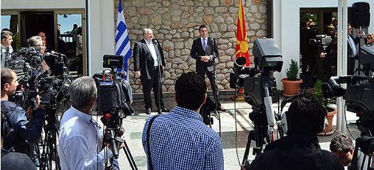 Σκόπια-Ελλάδα: Πρόοδος στις συνομιλίες, αλλά υπάρχουν δύσκολα θέματα προς επίλυση - Εικόνα1
