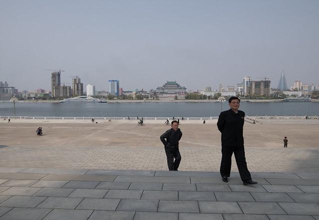 Η ζωή στην  Πιονγιάνγκ: ένα αποκλειστικό φωτορεπορτάζ από το RIA Novosti - Εικόνα13