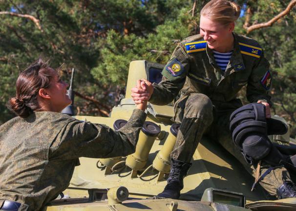 ΟΙ ΘΑΝΑΤΗΦΟΡΕΣ ΚΑΛΛΟΝΕΣ ΤΟΥ ΠΟΥΤΙΝ! Δείτε τις Ρωσίδες αλεξιπτωτίστριες-κομάντος (ΦΩΤΟ-BINTEO) - Εικόνα5