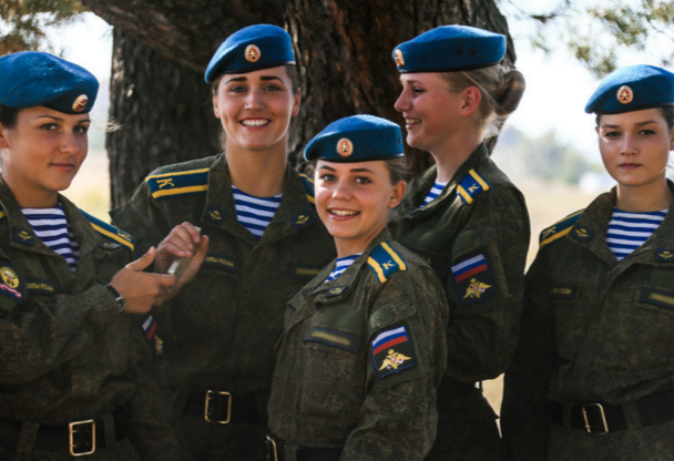 ΟΙ ΘΑΝΑΤΗΦΟΡΕΣ ΚΑΛΛΟΝΕΣ ΤΟΥ ΠΟΥΤΙΝ! Δείτε τις Ρωσίδες αλεξιπτωτίστριες-κομάντος (ΦΩΤΟ-BINTEO) - Εικόνα7