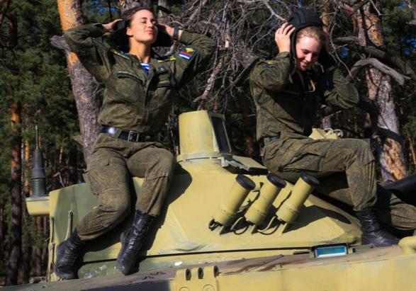 ΟΙ ΘΑΝΑΤΗΦΟΡΕΣ ΚΑΛΛΟΝΕΣ ΤΟΥ ΠΟΥΤΙΝ! Δείτε τις Ρωσίδες αλεξιπτωτίστριες-κομάντος (ΦΩΤΟ-BINTEO) - Εικόνα8