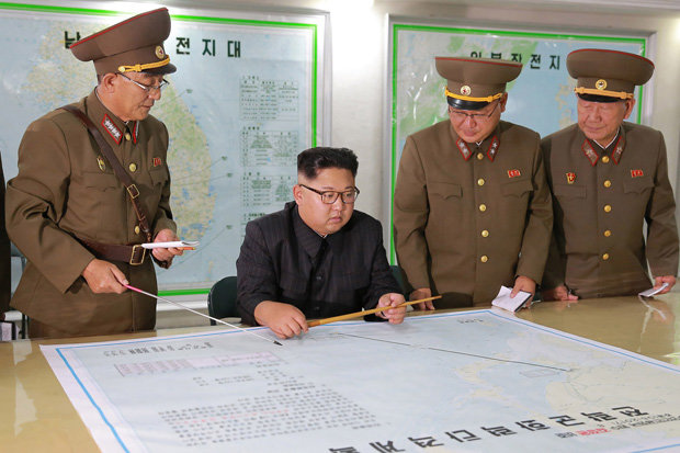 Ο Τραμπ παρακάμπτει το Κογκρέσο για πυρηνικό πλήγμα στη Β.Κορέα – Ολα τα στρατηγικά βομβαρδιστικά στον αέρα – Δείτε τα Β-2 Spirit - Εικόνα0