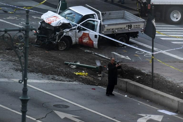 Τρομοκρατικό χτύπημα στο Μανχάταν: 8 νεκροί από επίθεση με φορτηγό - Εικόνα 0