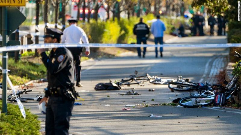 Τρομοκρατικό χτύπημα στο Μανχάταν: 8 νεκροί από επίθεση με φορτηγό - Εικόνα 2