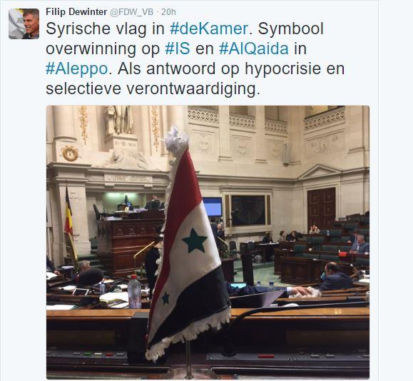 Βέλγος βουλευτής ύψωσε τη συριακή σημαία νίκης στο κοινοβούλιο. - Εικόνα1