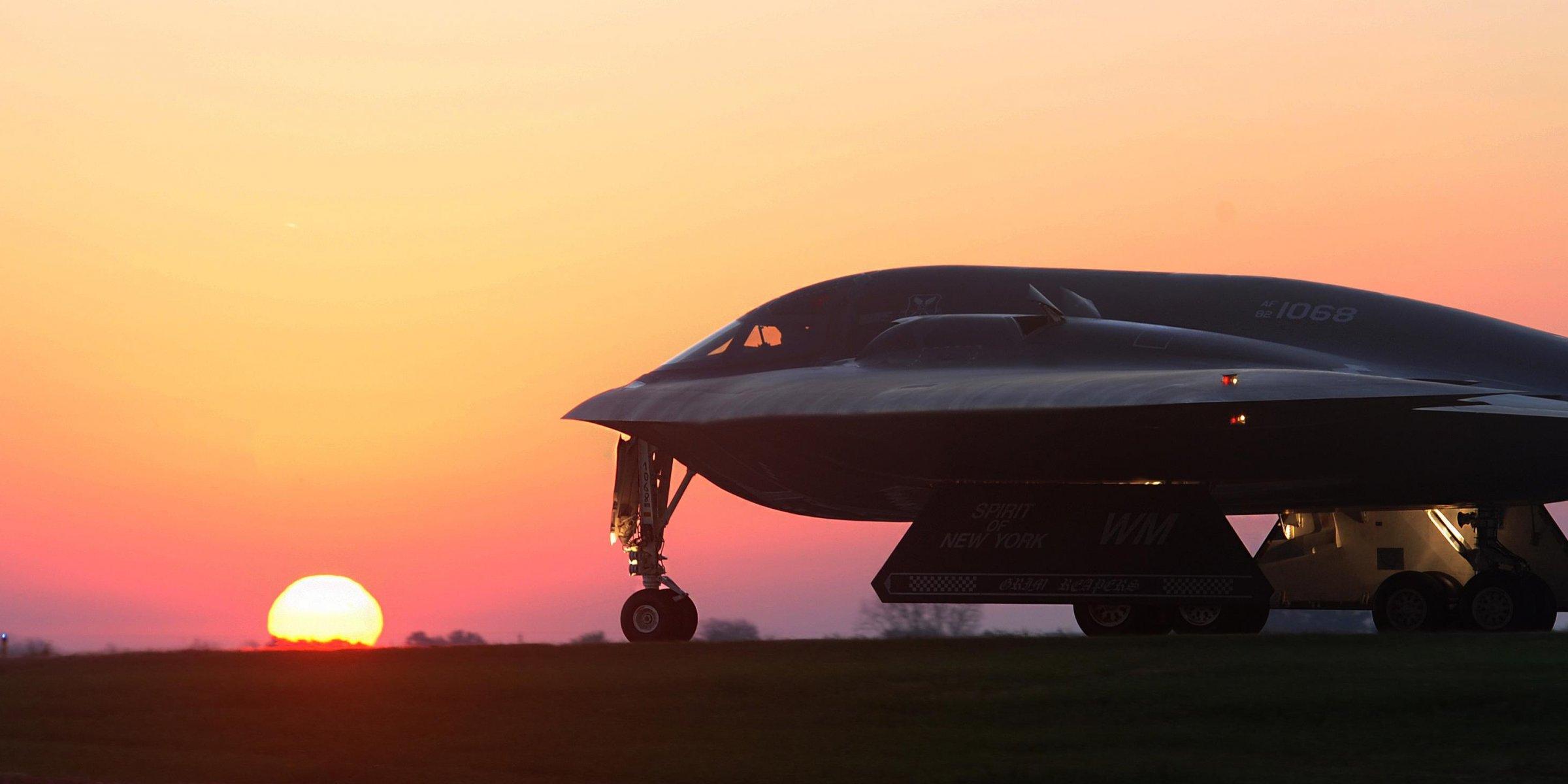 Τα βομβαρδιστικά των ΗΠΑ στο Γκουάμ φαίνεται να προετοιμάζονται μυστικά για πυρηνικό κτύπημα στη Βόρεια Κορέα. - Εικόνα1