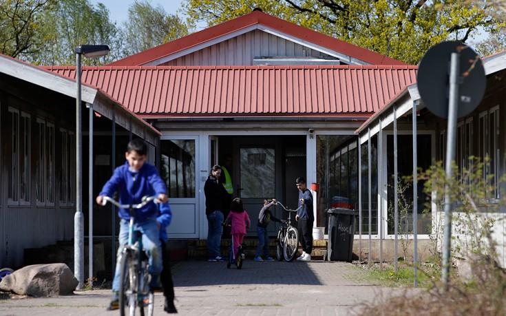 Ένα χωριό, 102 κάτοικοι, 750 πρόσφυγες, ένα ζωντανό πείραμα - Εικόνα4
