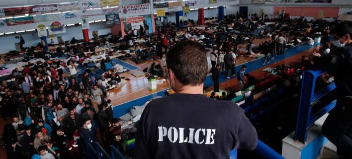 Χριστιανοί «σταυροφόροι» Β.Πούτιν και Μ.Λεπέν: Ενώνουν τις δυνάμεις τους κατά των ισλαμιστών και μεταναστών – Ερχεται τσουνάμι τριών εκατ. «προσφύγων» προς την ΕΕ - Εικόνα1