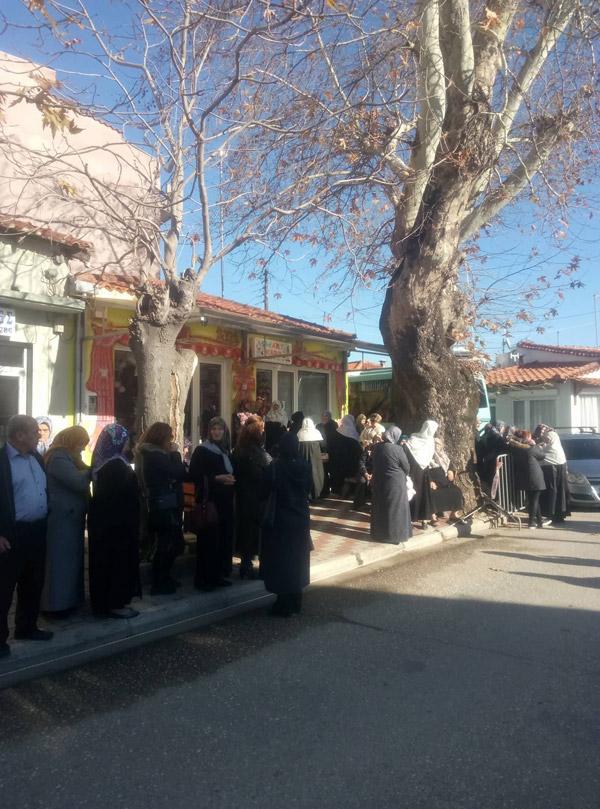 Ζωντανή σύνδεση Κομοτηνή: Φτάνει ο Ρ.Τ.Ερντογάν με ολόκληρο στρατό – Βίντεο - Εικόνα4