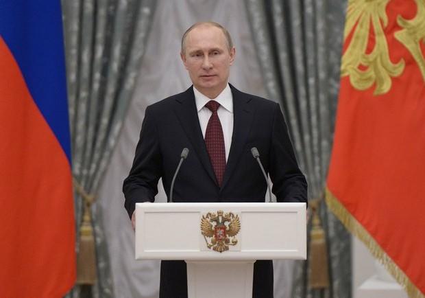 Putin-Kremlino01-05MAY2014