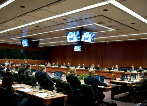 ΕΚΤΑΚΤΟ: Παίζοντας το χαρτί της Ρωσίας ενάντια στις κυρώσεις της ΕΕ η κυβέρνηση ετοιμάζεται ακόμη και για βέτο στους Ευρωπαίους δανειστές
