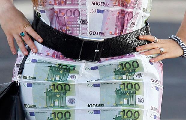ΠΡΩΤΑΘΛΗΤΡΙΑ ΣΤΟ ΞΕΠΛΥΜΑ ΧΡΗΜΑΤΟΣ Η ΓΕΡΜΑΝΙΑ! Υπερβαίνει τα  100 δις ετησίως…