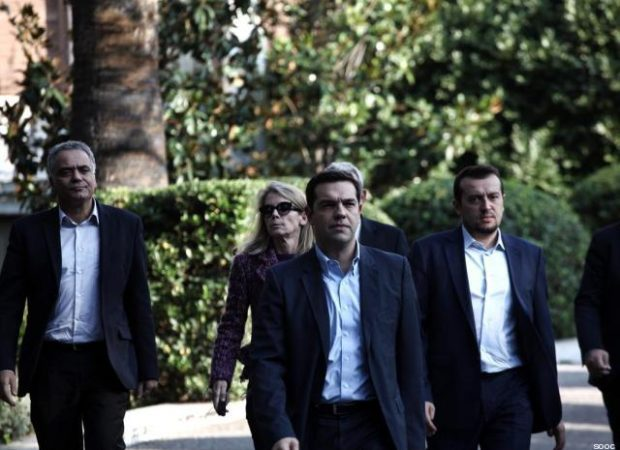 Greek President Karolos Papoulias received Alexis Tsipras, leader of Greece's far-left Syriza party, at the Presidential palace, in Athens, on Nov. 3, 2014 / ????????? ??? ??????? ???????? ?? ??? ????? ??????, ??? ????????? ??????, ???? 3 ?????????, 2014
