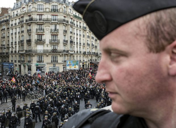 Στην Παρίσι Γαλλία ετοιμάζεται μια νέα «γαλλική επανάσταση» που θα σαρώσει όλη την Ευρώπη