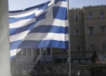 Telegraph: Βρίσκεται η Ελλάδα μόλις λίγες εβδομάδες πριν από μία νέα κρίση χρέους;