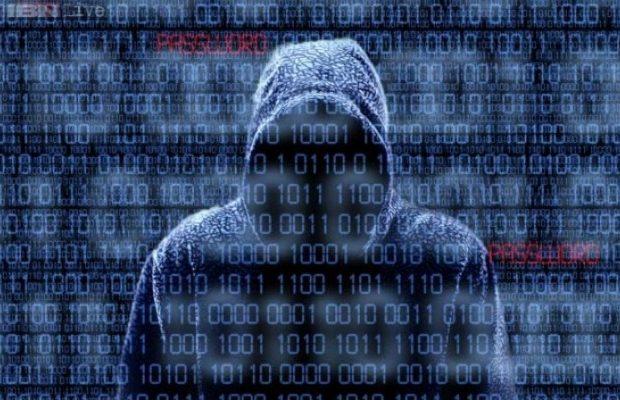 Η Ρωσία διέλυσε την Χ.Κλίντον: Ποιος είναι ο χάκερ Gucifer 2.0 που βρίσκεται πίσω από την κυβερνοεπίθεση στο Δημοκρατικό Κόμμα των ΗΠΑ