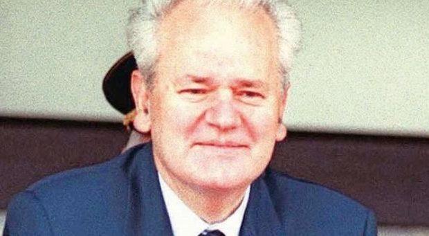 Η αθώωση του Σλ. Μιλόσεβιτς δεν έγινε ούτε ένα μονόστηλο