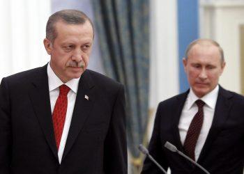 Κάτι δεν πάει καλά ανάμεσα σε Τουρκία και Ρωσία; Ακύρωση επίσκεψης Πούτιν στην Αττάλεια