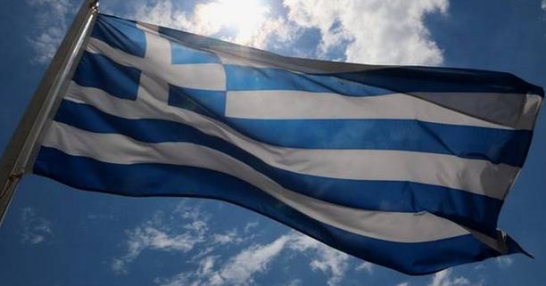 Ποιοι ντρέπονται να σηκώσουν τη σημαία και να τραγουδήσουν τον Εθνικό Ύμνο;   (Διαβάστε το, αξίζει)