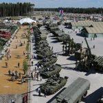 Η Ρωσία μετέφερε 40 χιλιάδες στρατιώτες και 500 αεροσκάφη στα σύνορα με Ουκρανία