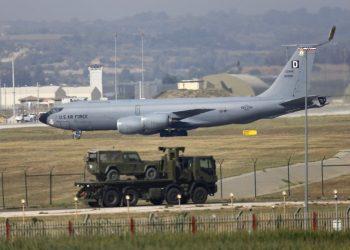 usaf-boeing-kc-135r-stratotanker-aerial-refueling-aircraft-incirlik