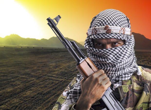 ΕΚΤΑΚΤΟ!  Σαουδάραβας Ιμάμης στην Μέκκα : «Εξοντώστε  ανελέητα  Σιίτες , Εβραίους και  Χριστιανούς » !! (ΒΙΝΤΕΟ)
