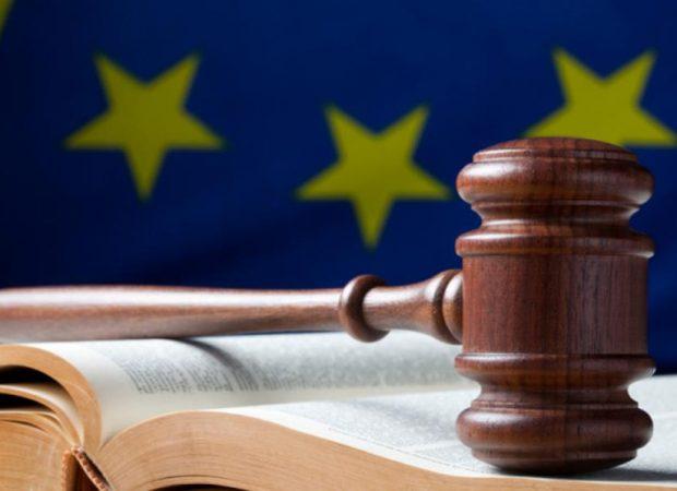 Ιστορική απόφαση από το Ευρωπαϊκό Δικαστήριο: Τα μνημόνια πρέπει να σέβονται τον Χάρτη Θεμελιωδών Δικαιωμάτων-Οι πολίτες μπορούν πλέον να προσφύγουν ενάντια στα μέτρα λιτότητας