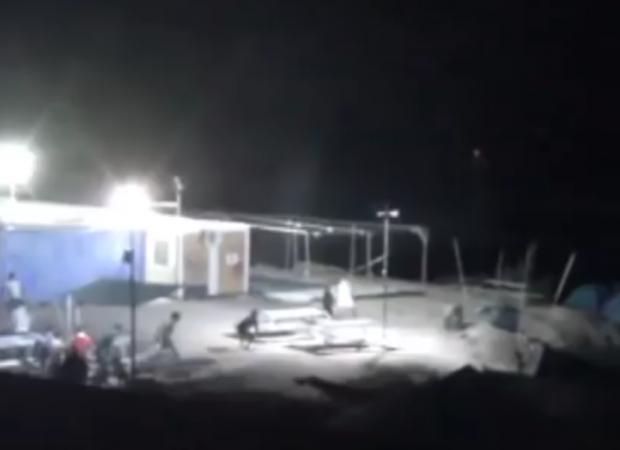 Χάος και στo νησί της Χίου …Μεθυσμένοι Αλγερινοί τα έκαναν γυαλιά καρφιά! (video)