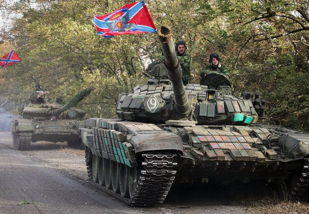 EKTAKTO: Επίθεση σε όλα τα μέτωπα από τη Ρωσία: Δυνάμεις της Νέας Ρωσίας κατέρριψαν ΝΑΤΟϊκό ελικόπτερο – 200 αξιωματούχοι των ΗΠΑ έχουν εγκλωβιστεί στο Χαλέπι (vid)