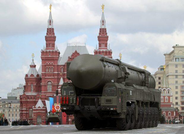 Επίσημα: «Απειλή» η Μόσχα για Βρετανία και Νορβηγία – Γεμάτες οι σήραγγες στην Νορβηγία με νατοϊκά οπλικά συστήματα