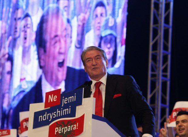 Ο  Μπερίσα κατηγορεί τον Ράμα ότι χρηματίστηκε από την Τουρκία για να ακυρωθεί η συμφωνία με την Ελλάδα